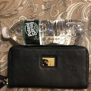 Kenneth Cole Bags - Large wallet